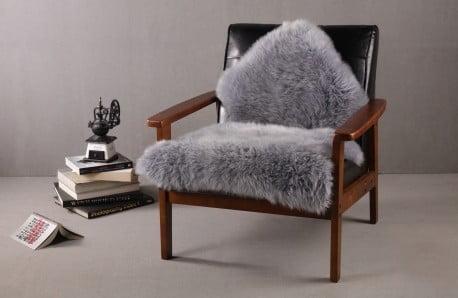 Poduszki i dywaniki z prawdziwej skóry owczej i bydlęcej