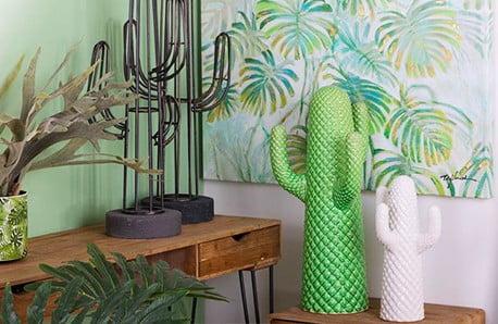 Wazony, dekoracyjne kosze oraz naczynia ceramiczne do domu czy ogrodu