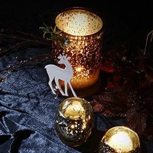 Świąteczne maty stołowe, girlandy świetlne i inne ozdoby