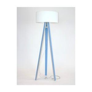 Niebieska lampa stojąca z białym abażurem i prezroczystym kablem Ragaba Wanda