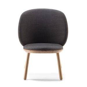 Szary fotel z jesionu z elementami skórzanymi EMKO Naïve