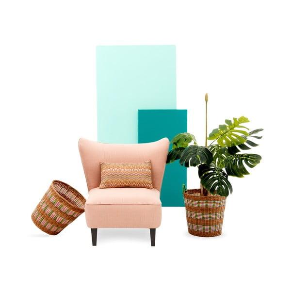 Różowy fotel z ciemnymi nogami Vivonita Sandy