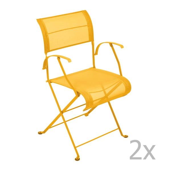 Zestaw 2 żółtych krzeseł składanych z podłokietnikami Fermob Dune