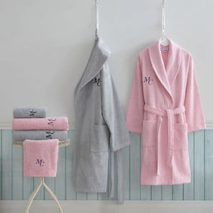 Komplet damskiego i męskiego szlafroka, ręczników i ręczników kąpielowych w szarym i różowym kolorze Family Bath