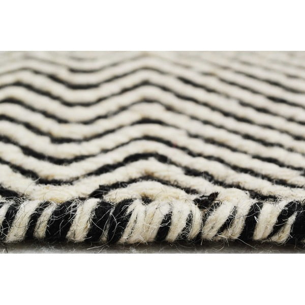 Ręcznie tkany kilim Black Zigzag Kilim, 74x110 cm