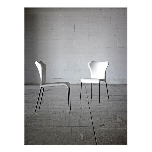 Białe krzesło Ángel Cerdá Isabel