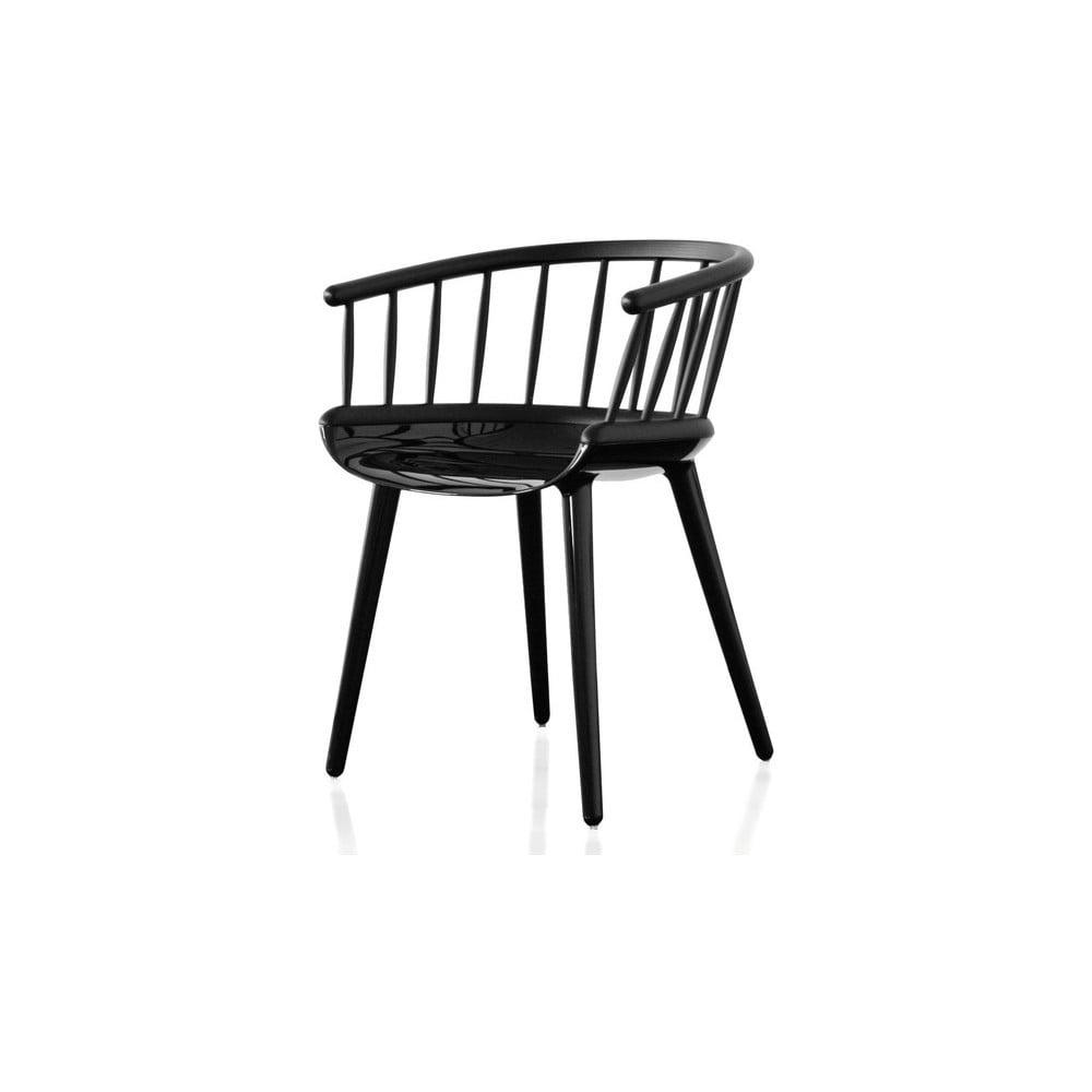 Czarne krzesło z oparciem z drewna jesionu Magis Cyborg