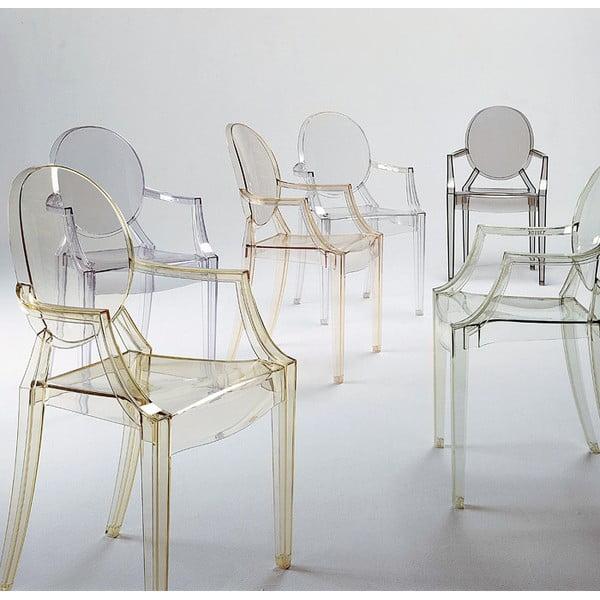Przezroczyste krzesło Kartell Louis Ghost