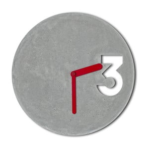Betonowy zegar Jakuba Velínskiego, pełne czerwone wskazówki
