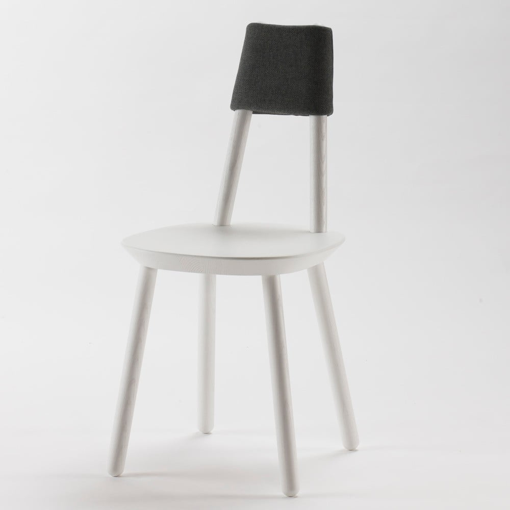 Białe krzesło z litego drewna EMKO Naïve