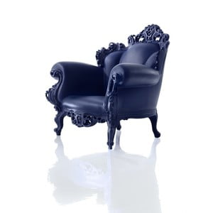 Niebieski fotel Magis Proust
