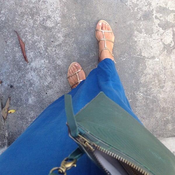 Skórzana torebka na ramię/kopertówka Cut Out, niebieska