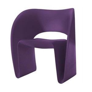 Fioletowy fotel Magis Raviolo
