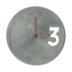 Betonowy zegar Jakuba Velínskiego, pomarańczowe kontury wskazówek