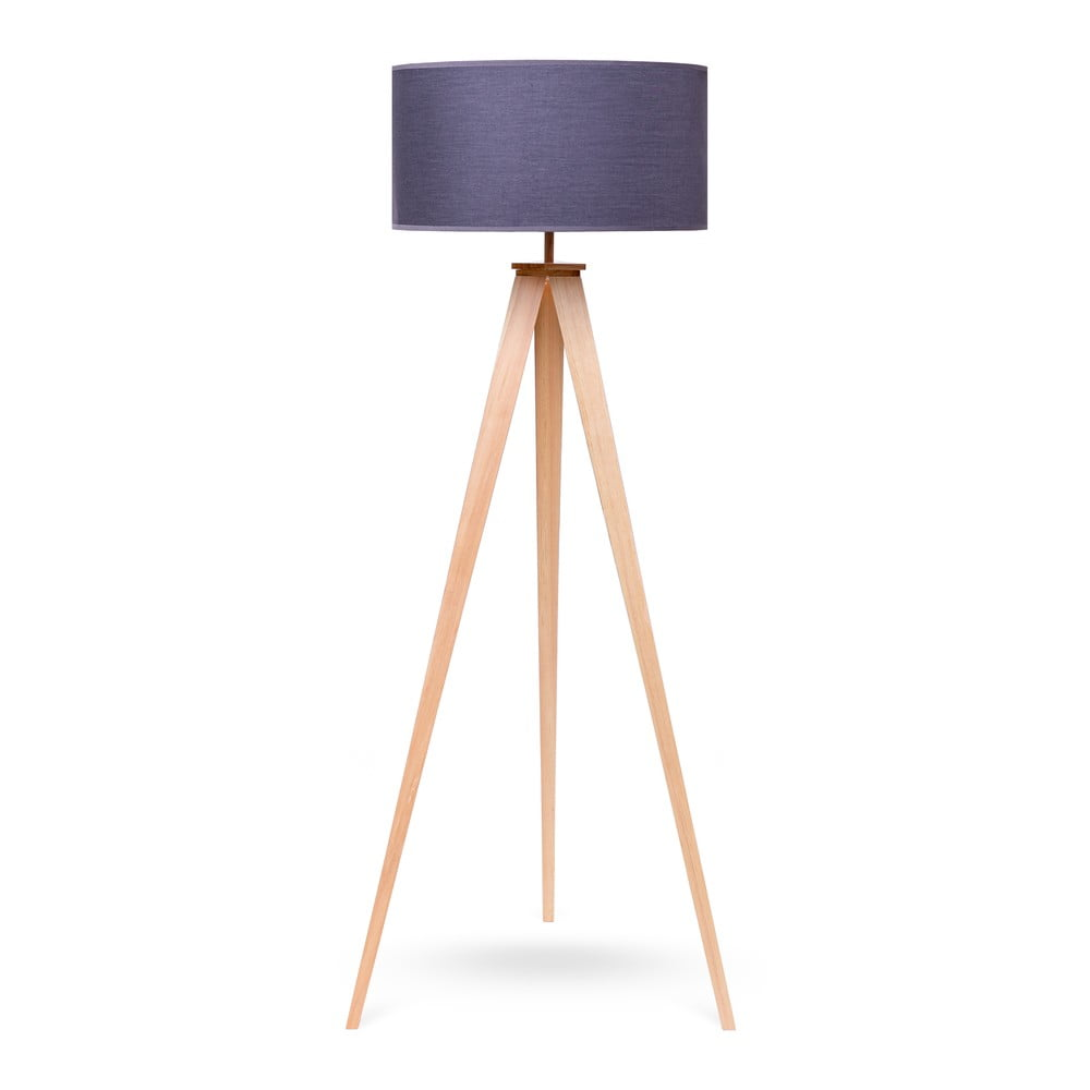 Lampa stojąca z drewnianymi nogami i szarym kloszem loomi.design Karol