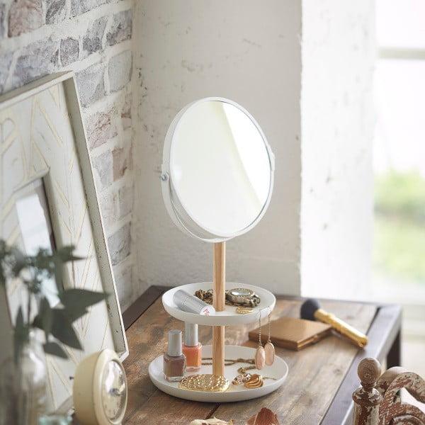 Białe lusterko z półeczkami Yamazaki Tosca