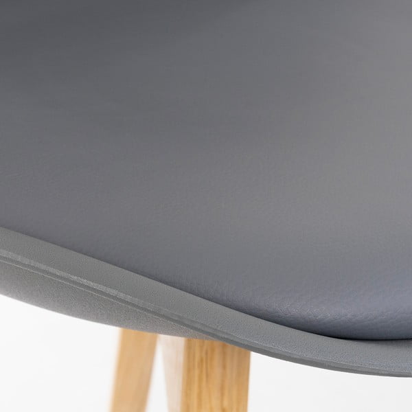 Szare krzesło z bukowymi nogami loomi.design Retro