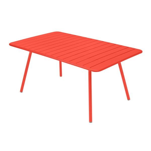 Ceglany stół metalowy Fermob Luxembourg