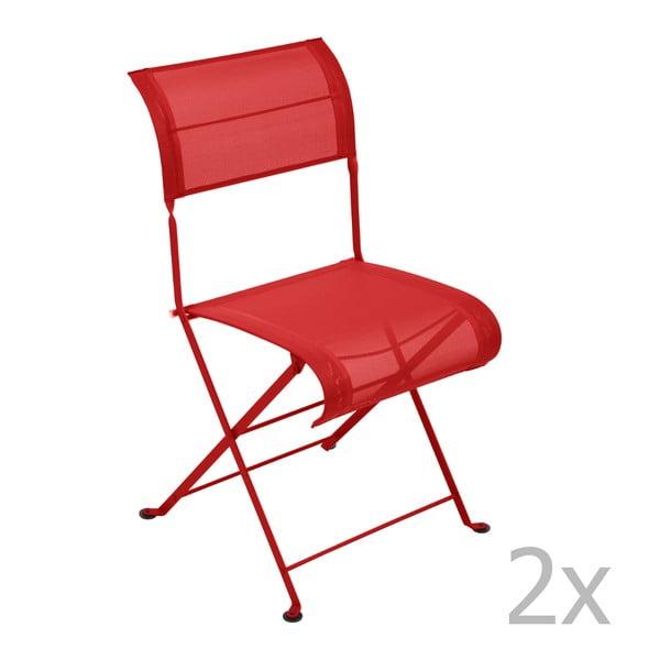 Zestaw 2 czerwonych krzeseł składanych Fermob Dune