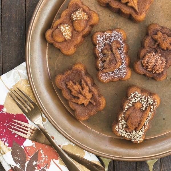 Forma do pieczenia ciastek Nordic Ware Jesień