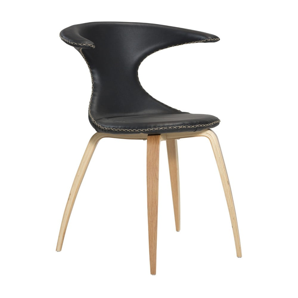 Czarne krzesło skórzane z drewnianymi nogami DAN–FORM Flair
