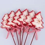 Zestaw 6 choinek dekoracyjnych na patyczkach Dakls