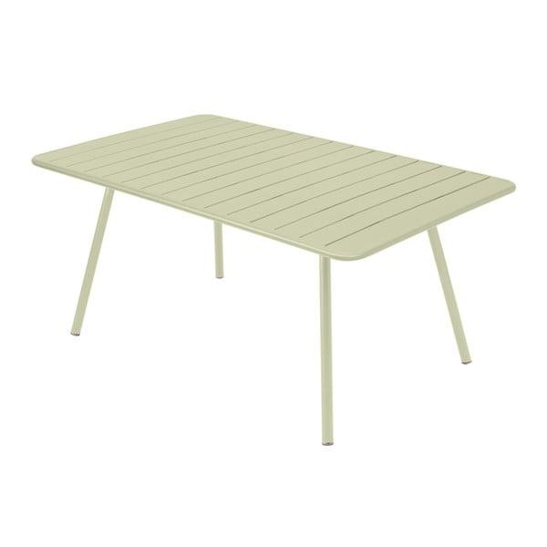 Jasnozielony stół metalowy Fermob Luxembourg