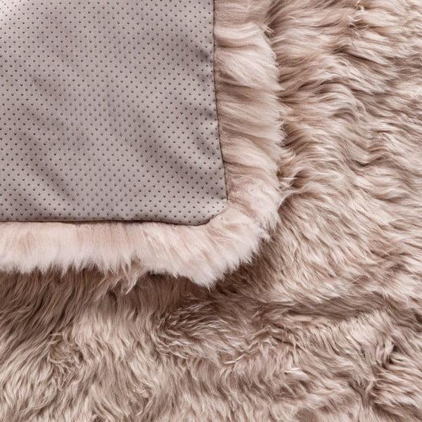 Jasnobrązowy   dywan kwadratowy Royal Dream Zealand