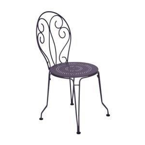 Liliowe krzesło metalowe Fermob Montmartre