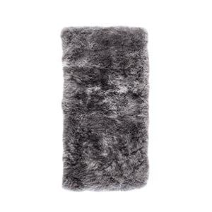 Szary dywan prostokątny z owczej skóry Royal Dream Zealand