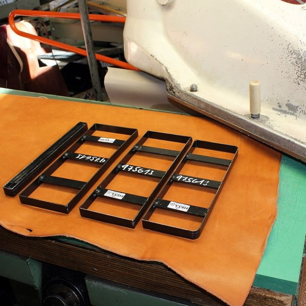 Danny P. skórzany pokrowiec na iPhone 5S Black