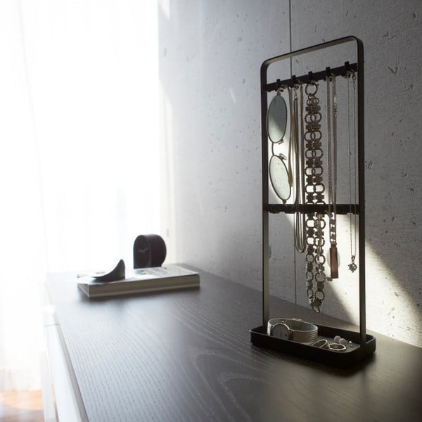 Czarny stojak na biżuterię Yamazaki Tower