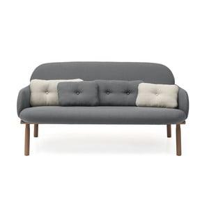 Szara sofa z 2 jasnoszarymi i 2 szarymi poduszkami dekoracyjnymi Harto Georges