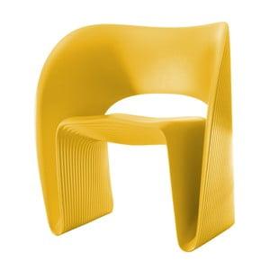 Żółty fotel Magis Raviolo