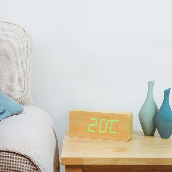 Jasnobrązowy budzik z zielonym wyświetlaczem LED Gingko Slab Click Clock