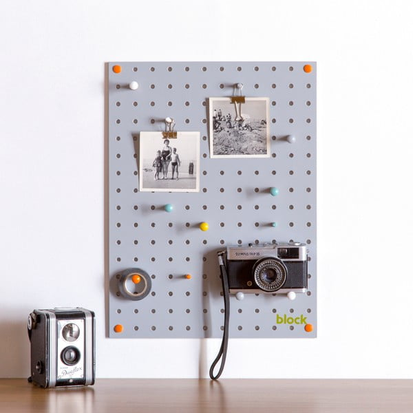 Szara tablica wielofunkcyjna Pegboard Small, 40,5x30cm