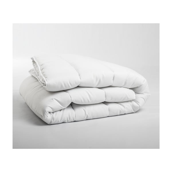 Dwuosobowa kołdra całoroczna Sleeptime z włóknami kanalikowymi, 240x220 cm