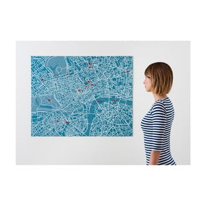 Niebieska mapa ścienna Palomar Pin Londyn