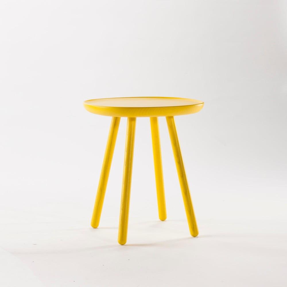 Żółty stolik z litego drewna EMKO Naïve Small, ø45cm