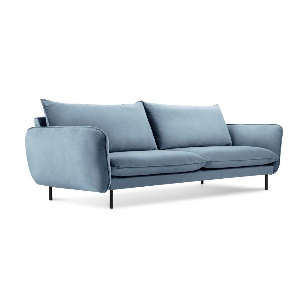 Jasnoniebieska aksamitna sofa Cosmopolitan Design Vienna, 230 cm
