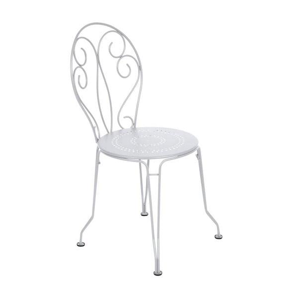 Białe krzesło metalowe Fermob Montmartre