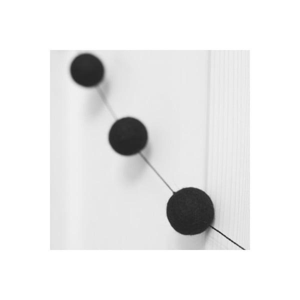 Girlanda z ręcznie wykonanych kulek Felt, czarna