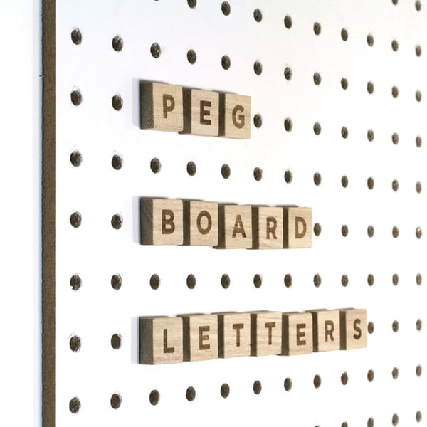 Literki do tablicy Pegboard