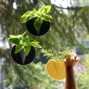 Pojemniczek na kwiaty Patch Patch, czarny