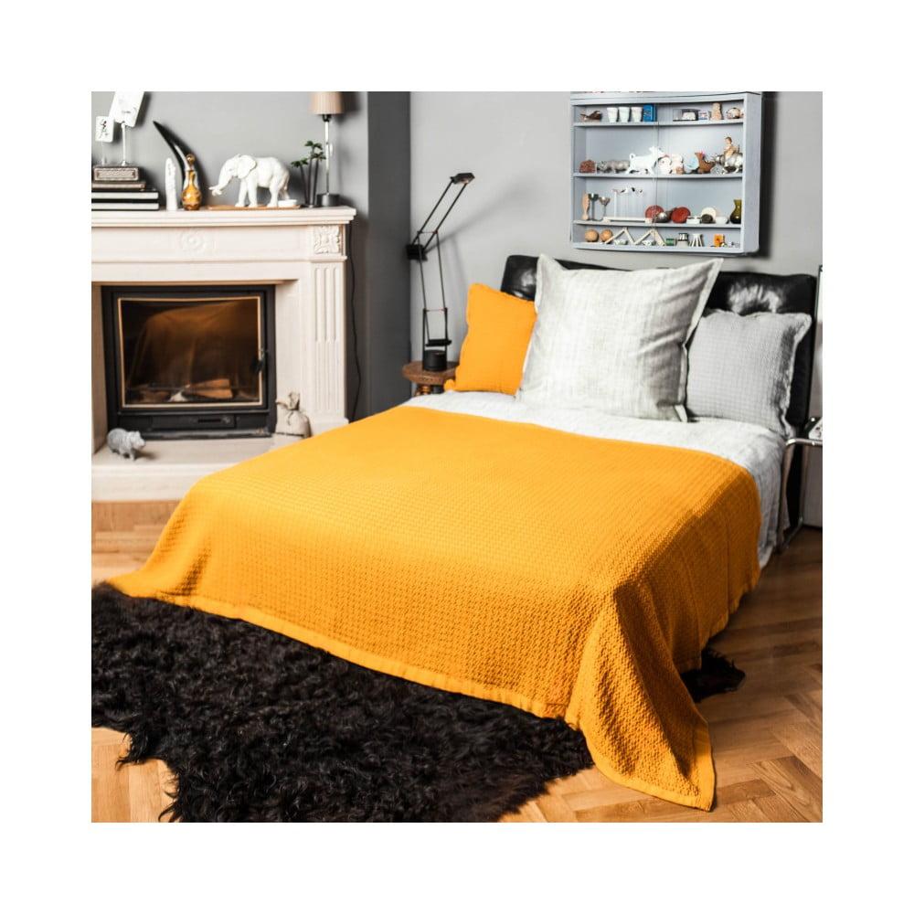 niebieska narzuta casa di bassi 180x250 cm bonami. Black Bedroom Furniture Sets. Home Design Ideas