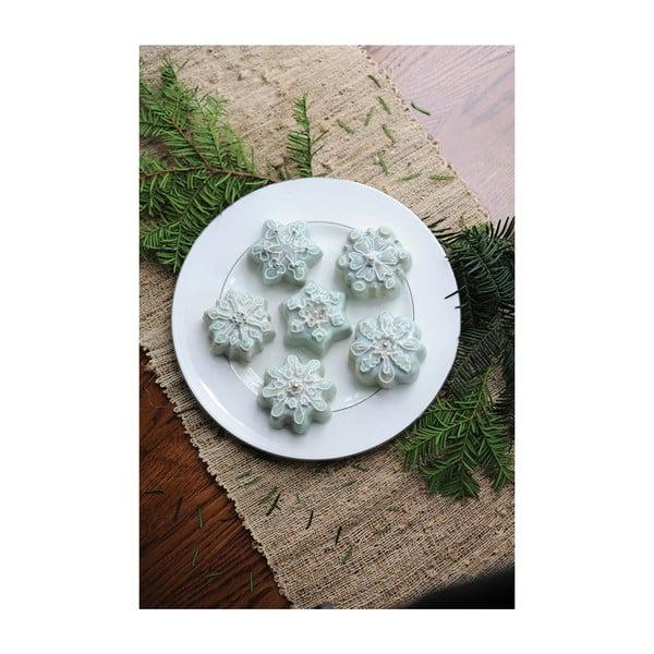Forma na 6 babeczek w srebrnym kolorze Nordic Ware Snowflakes, 700 ml