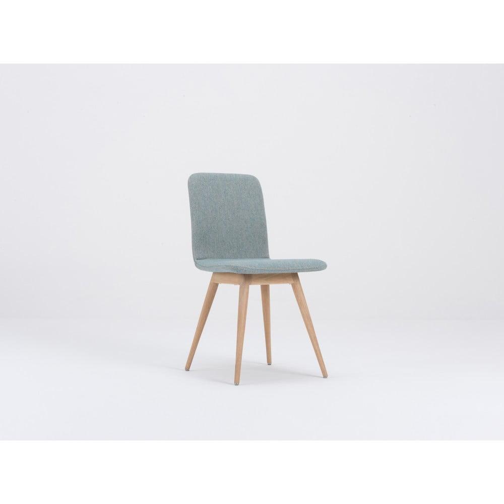 Niebieskie krzesło do jadalni z dębową konstrukcją Gazzda Ena