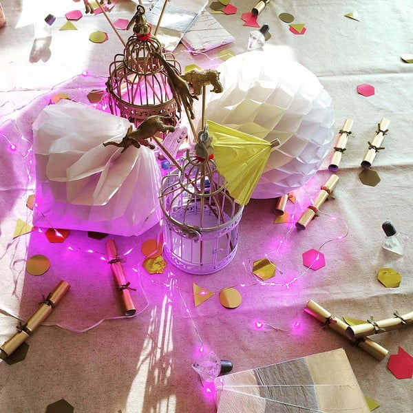 Girlanda świecąca na różowo Talking Tables Pinky Lights, dł. 3 m