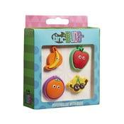 Zestaw 4 dekoracyjnych przypinek na plecak i piórnik TINC Fruit
