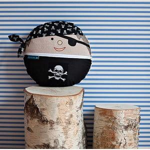 Pirat Jonasz
